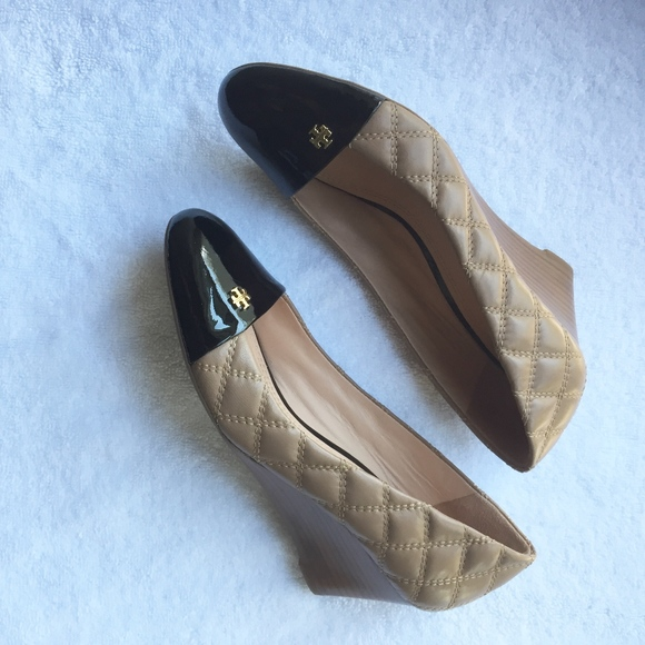 7663c17dce0 Tory Burch Claremont Quilted Wedge Pumps Heels. M 5b9571a37386bc29bea0d15d